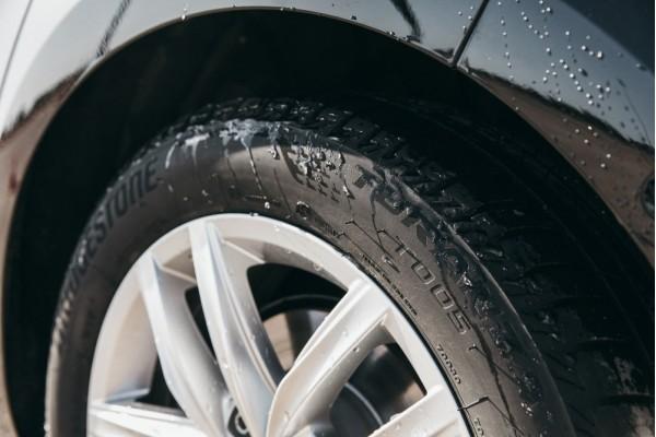 Обзор летних Bridgestone Turanza T005. Надежность и долговечность в любых условиях.