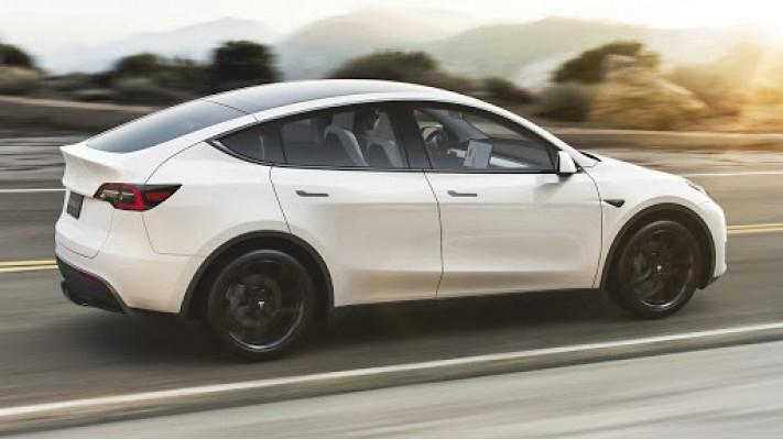Tesla остановила продажи самой бюджетной версии электрокара Model Y