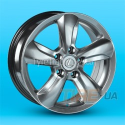 Lexus (LX17)