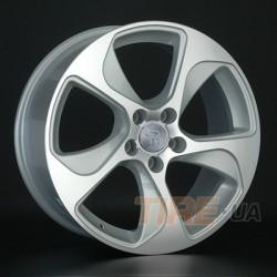Audi (A76)