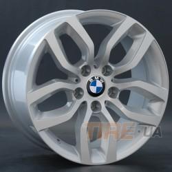 BMW (B122)
